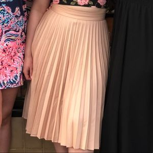 Zara long pleated peach skirt